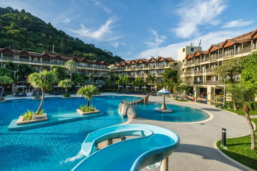 Phuket Marriot Resort & Spa Merlin Beach